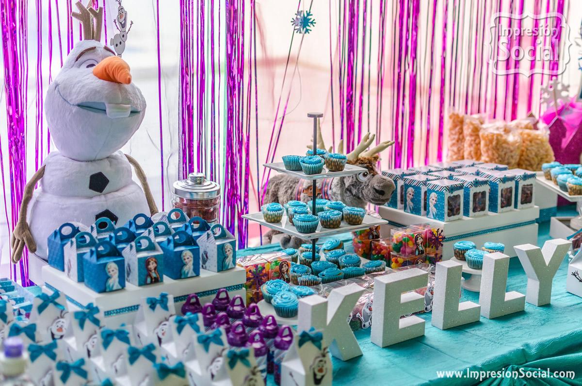 Mesa de dulces for Mesas de dulces infantiles